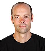 Dr. Janosch Hennig
